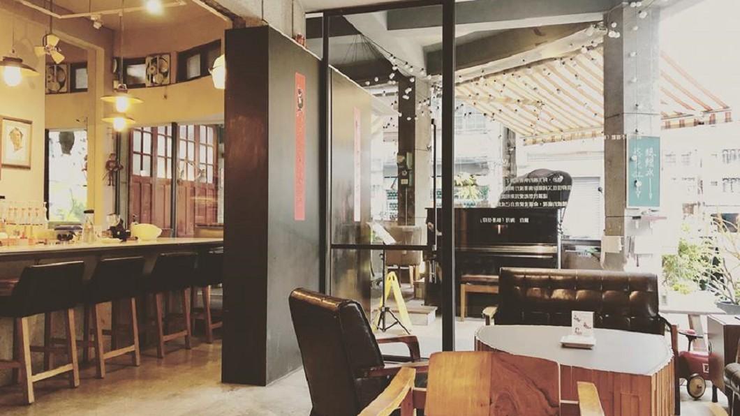 圖/ 翻攝自 鬲离咖啡館 粉專 咖啡名店疑歧視移工!遭「狂刷一星負評」 業者急澄清