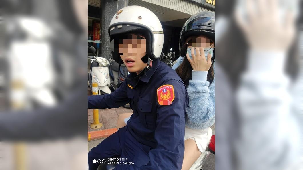 圖/翻攝爆料公社官網 萬華警「公務車載女友」嗆:看什麼看 下場出爐