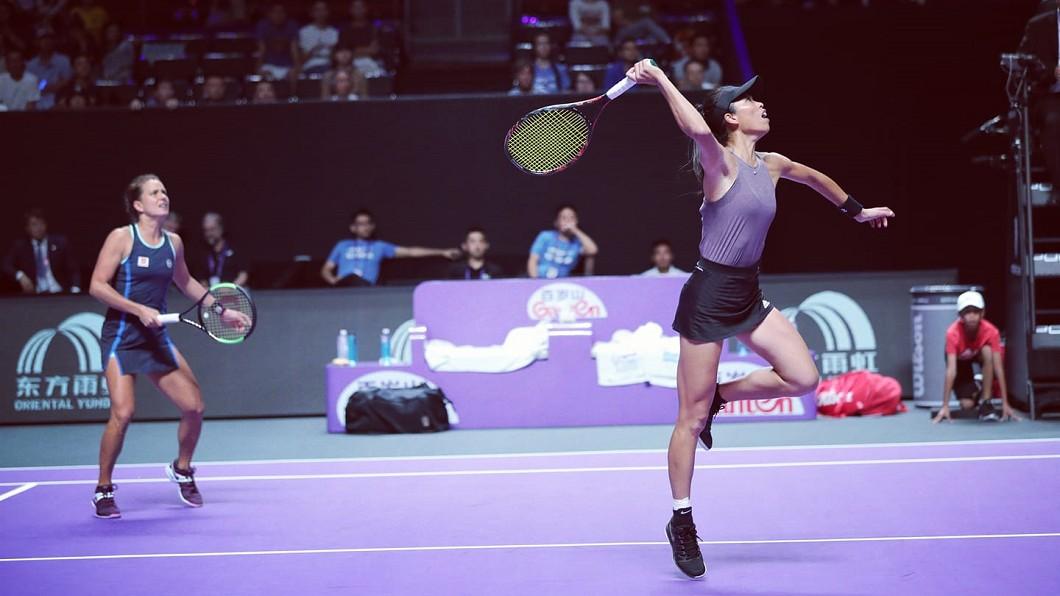 圖/翻攝自Su-Wei Hsieh 夢遊寫真人謝淑薇臉書 WTA年終賽 謝淑薇女雙分組第一晉級4強