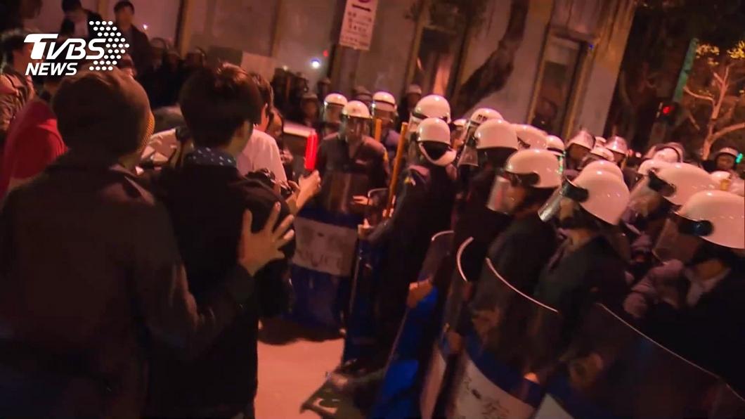 圖/TVBS資料畫面 太陽花學運判賠案 北市:不會讓員警承擔責任