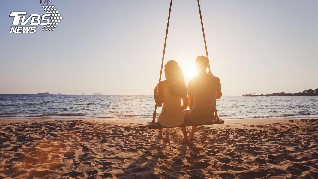 某些男性因為工作性質的關係,難以找到適合的另一半。示意圖/TVBS 年齡會影響男性的行情嗎? 過來人曝「關鍵因素」