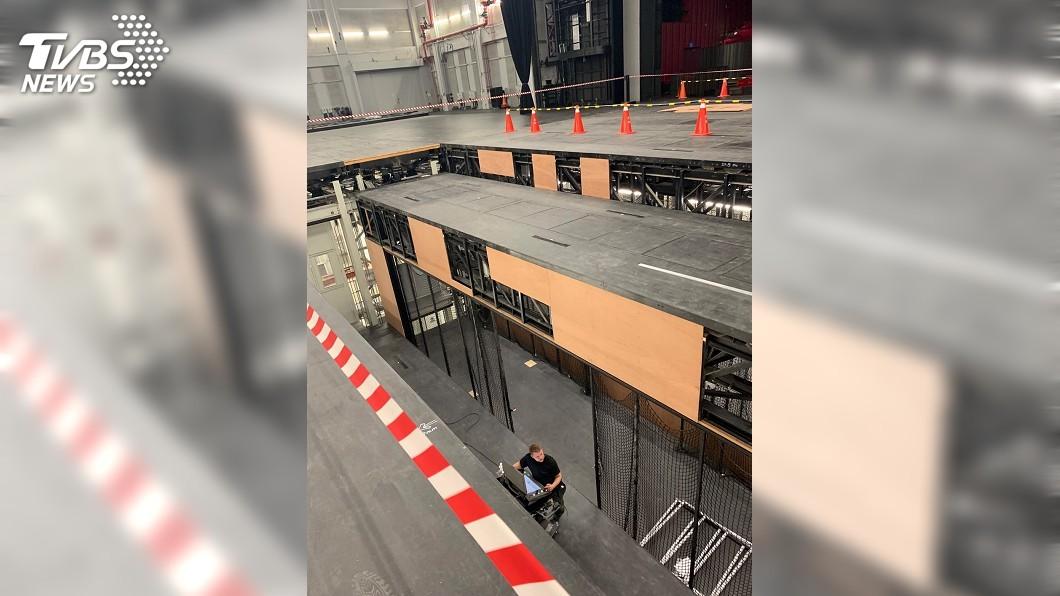 圖/衛武營國家藝文中心提供 舞台地板安全遭疑 衛武營:優化工程保護層