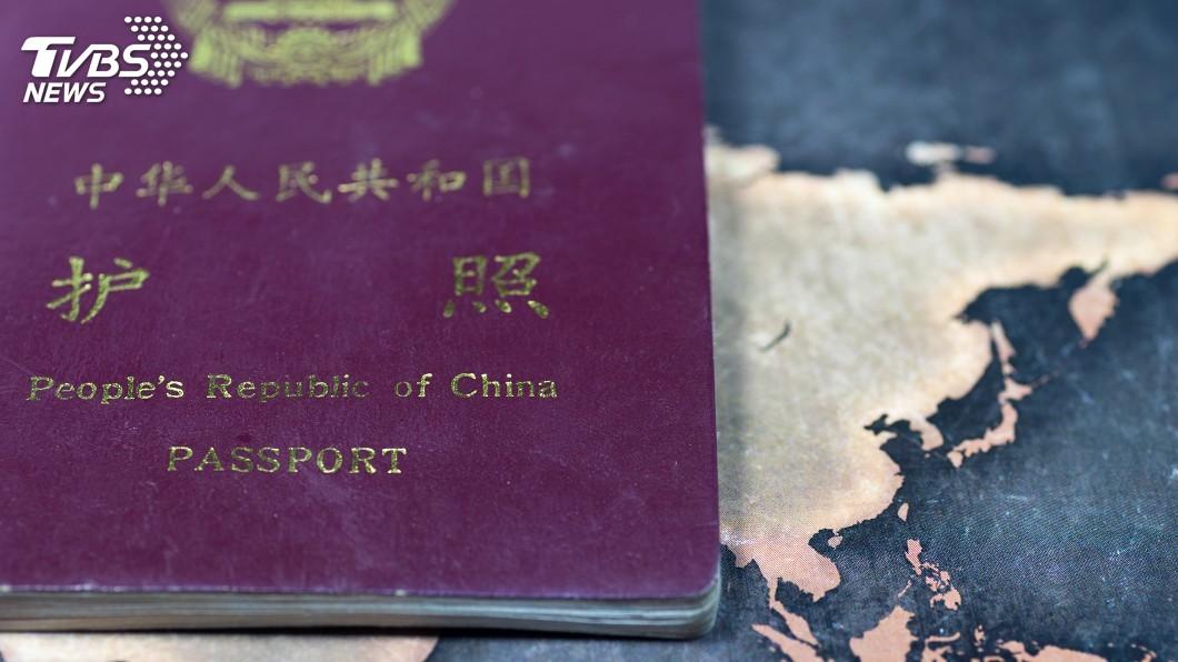 示意圖/TVBS 時隔7年 菲律賓恢復在中國護照蓋出入境章