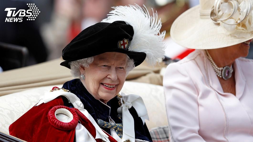 圖/達志影像路透社 英王室成員首位 女王伊麗莎白二世拒穿真皮草