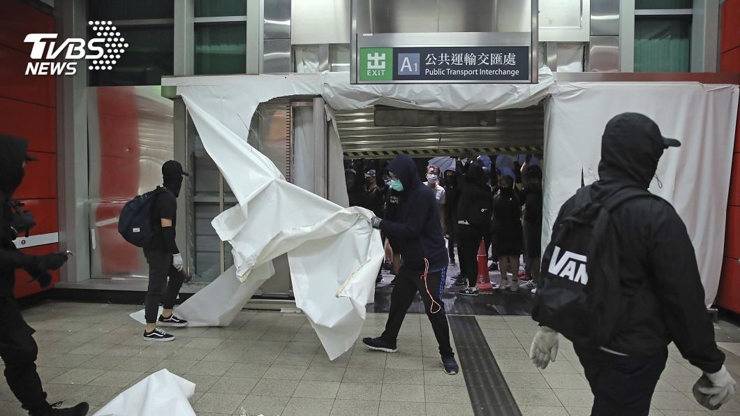 7議員被捕 港民主派震怒、發表聯合聲明