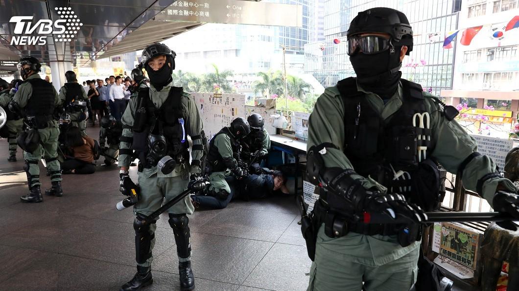 圖/達志影像路透社 香港再爆警民衝突 宋楚瑜盼分享台灣民主化經驗