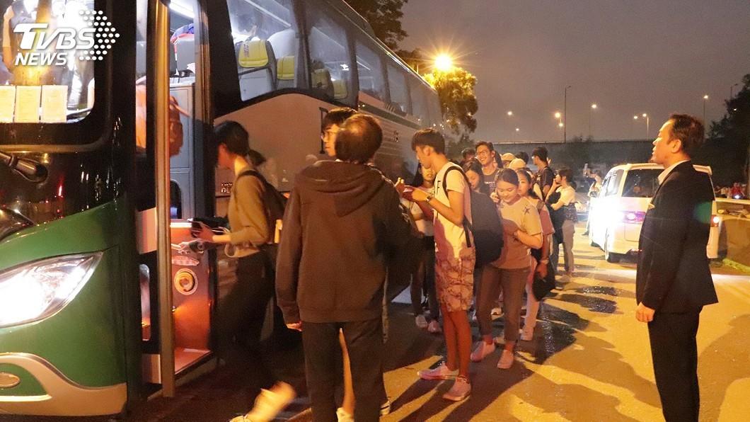 圖/中央社 香港大學校園成戰場 返台生難忘驚魂夜餘悸猶存