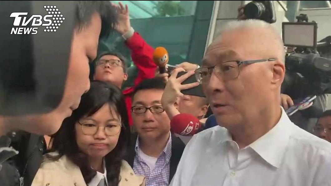 圖/TVBS資料畫面 不分區遭砲轟…讓吳敦義哭又氣? 他不留情「送8字」
