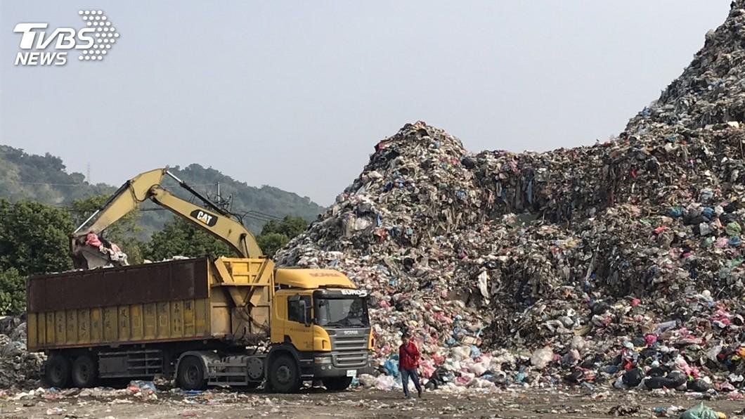 圖/蔡培慧辦公室提供 南投無焚化爐積8萬噸垃圾 環保署允增加外運量