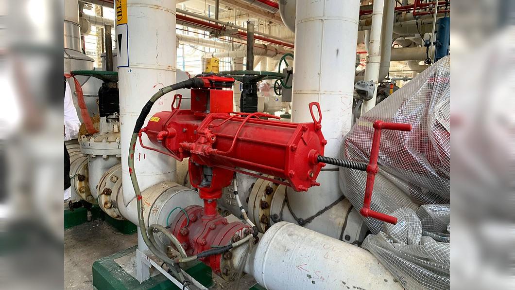 圖/吳明宜提供 六輕又冒火光 管理部指燃燒異常排氣屬正常程序