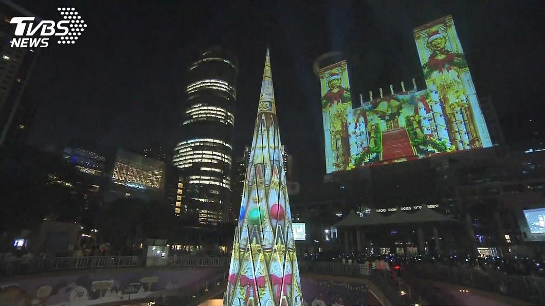 新北耶誕開城! 首創震撼「雙塔一樹」光雕秀