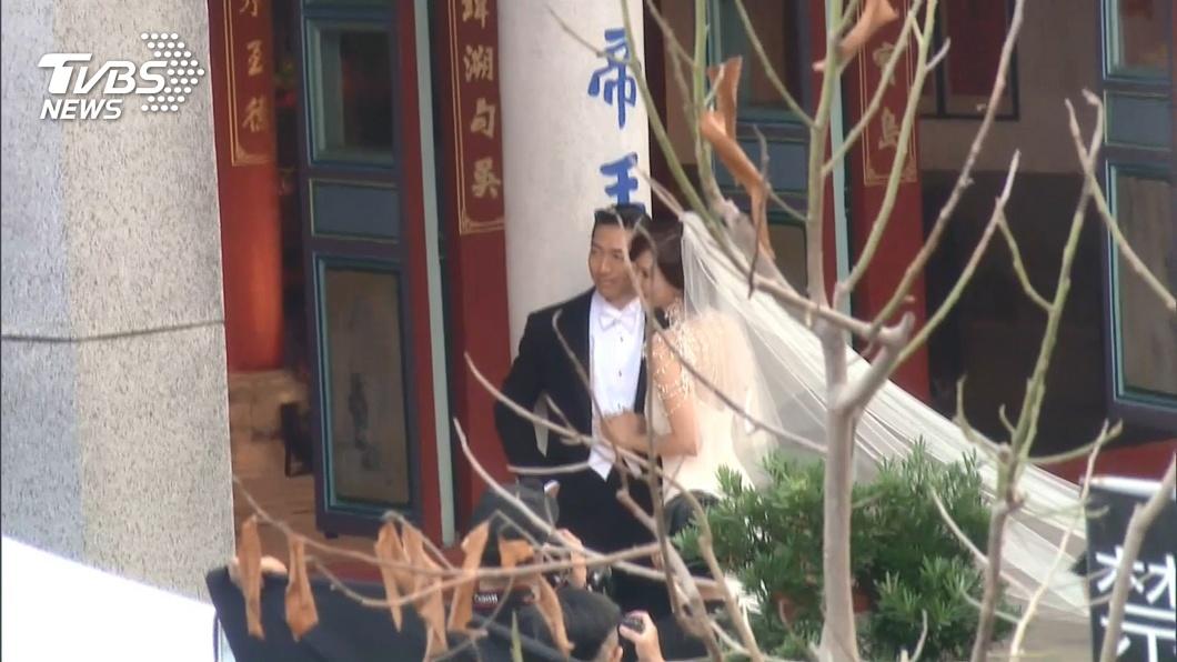 林志玲大婚倒數! 典雅精品白紗與AKIRA同框