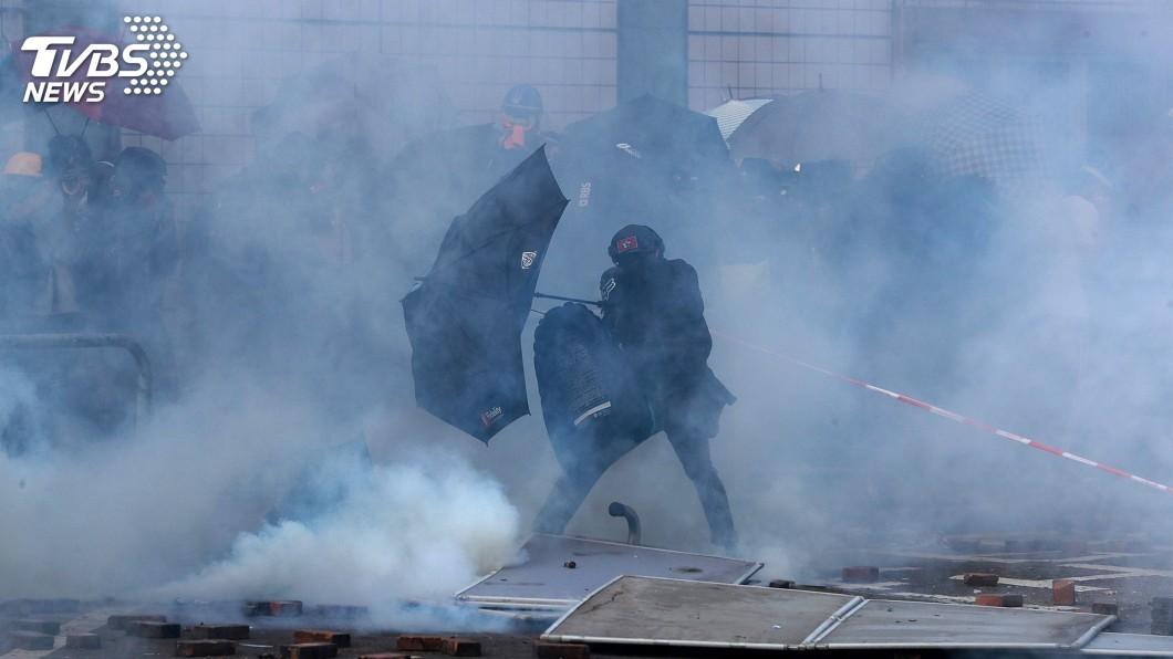 圖/達志影像路透社 港理大氣氛詭譎 示威者擔心攤牌各界忙調停