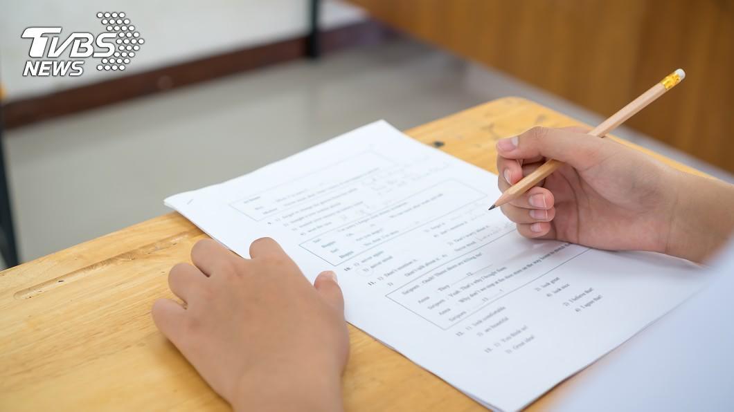考試時千萬不能作弊!示意圖/TVBS 期末考作弊被退學! 大四生怒告學校:害我白讀4年
