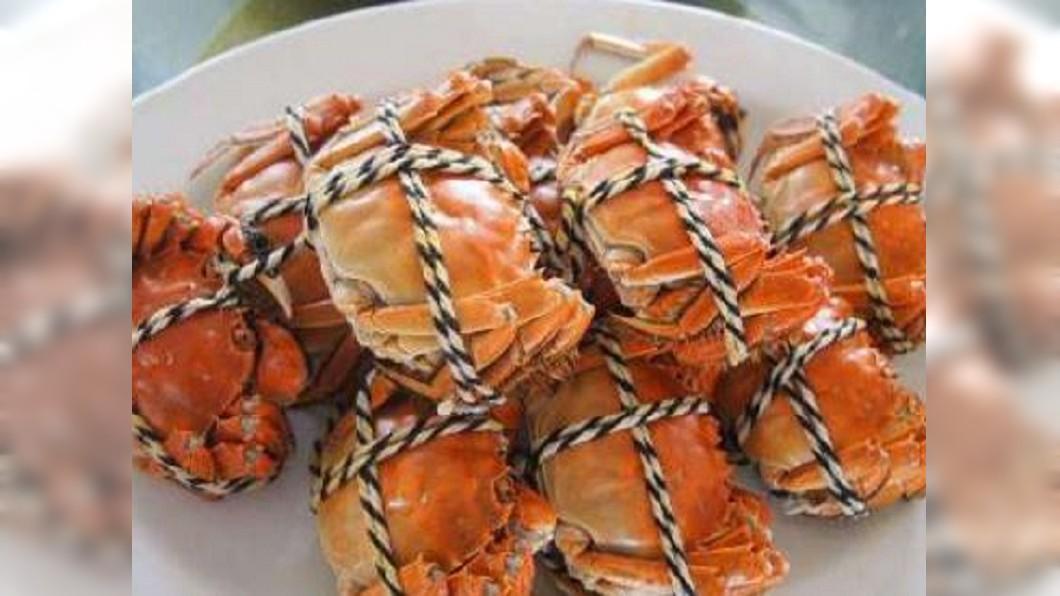 圖/翻攝自财经网微博 松葉蟹產季到! 日本餐廳推「整隻蟹」套餐