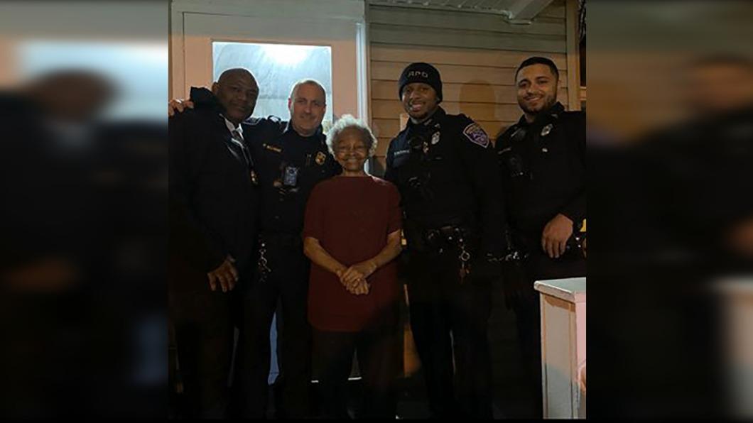 圖/翻攝自 Rochester NY Police官方twitter 八旬嬤練家子 世界舉重賽拿獎.制匪徒
