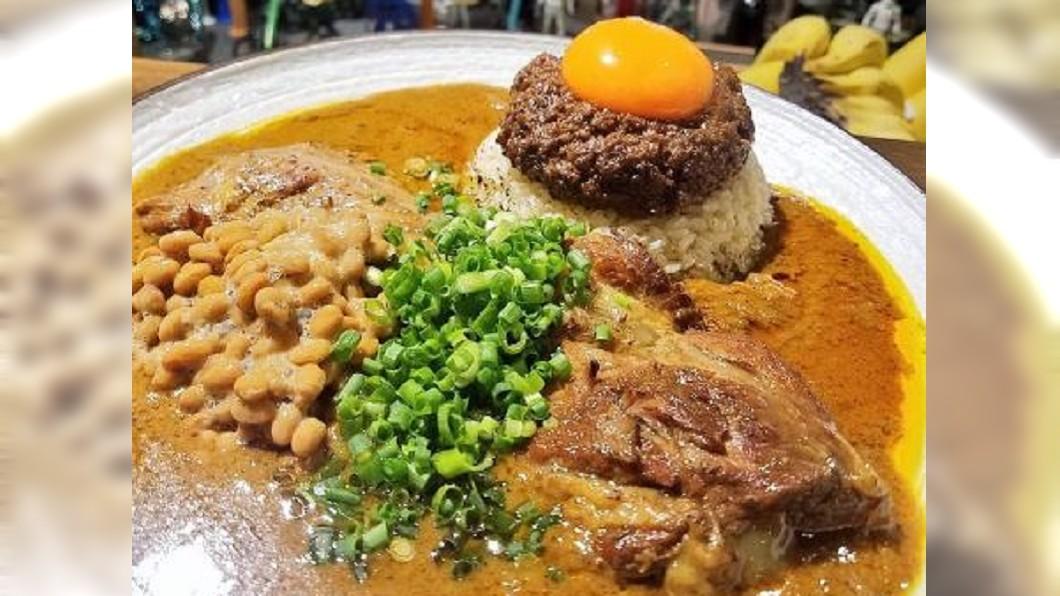 圖/翻攝自spicy curry 魯珈 ~ろか~推特 台式滷肉飯結合印度咖哩 日本女廚獲必比登推薦