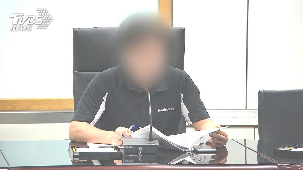 圖/TVBS資料畫面 衛福部科長再爆不良紀錄 網:被他拗過500