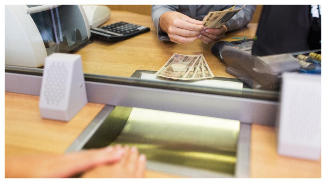 示意圖/TVBS 知名連鎖店員偷點數 換萬元商品券遭提告