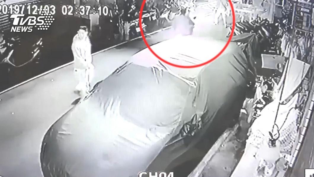 圖/TVBS 早就盯上!廟慶封街辦桌 賊扮香客偷50萬