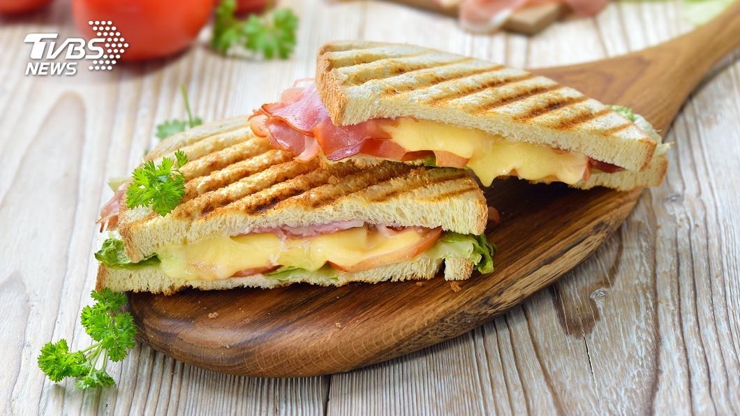 示意圖/TVBS 焙茶、竹炭、橄欖口味! 東京土司店推頂級三明治