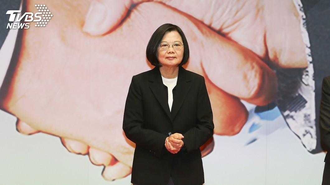 圖/中央社 藍委夾手抗議惹議 蔡總統:該道歉就道歉