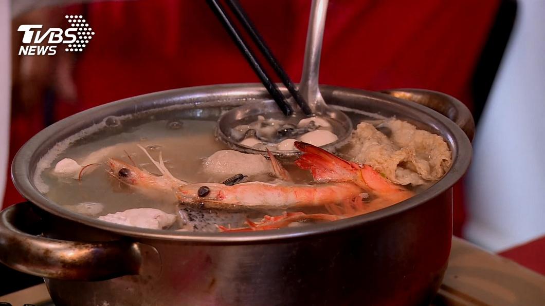搶寒冬商機!百元鱸魚鍋上桌 量身高送肉