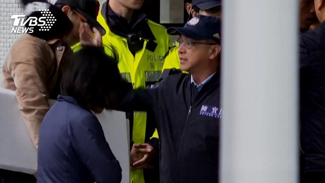 圖/TVBS資料畫面 快訊/陳宜民掀帽推警! 北檢約談當事女警作證