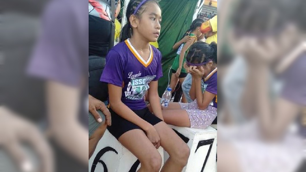 圖/翻攝自Predirick B. Valenzuela臉書 女童穿「自製跑鞋」奪3金 設計曝光所有人都哭了