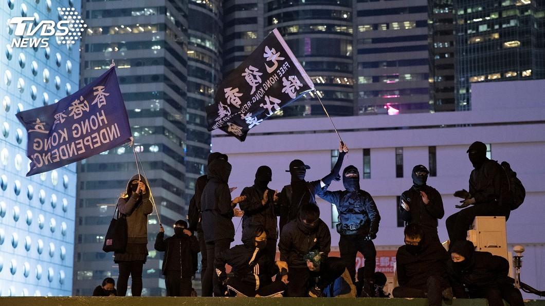 圖/達志影像路透社 華郵作家:更支持香港示威者成時代年度人物