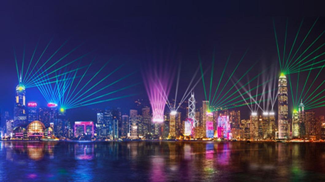 圖/翻攝自 幻彩詠香江 香港旅遊發展局 旅客暴跌56% 香港取消維港跨年煙火秀