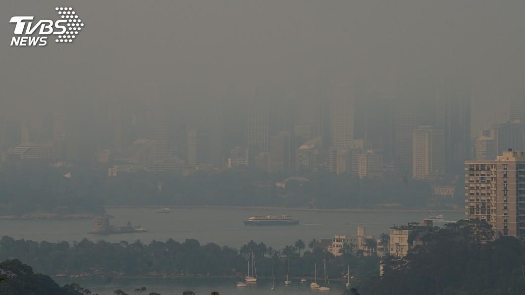 圖/達志影像路透社 熱浪來襲野火燒不盡 澳洲一省進入緊急狀態