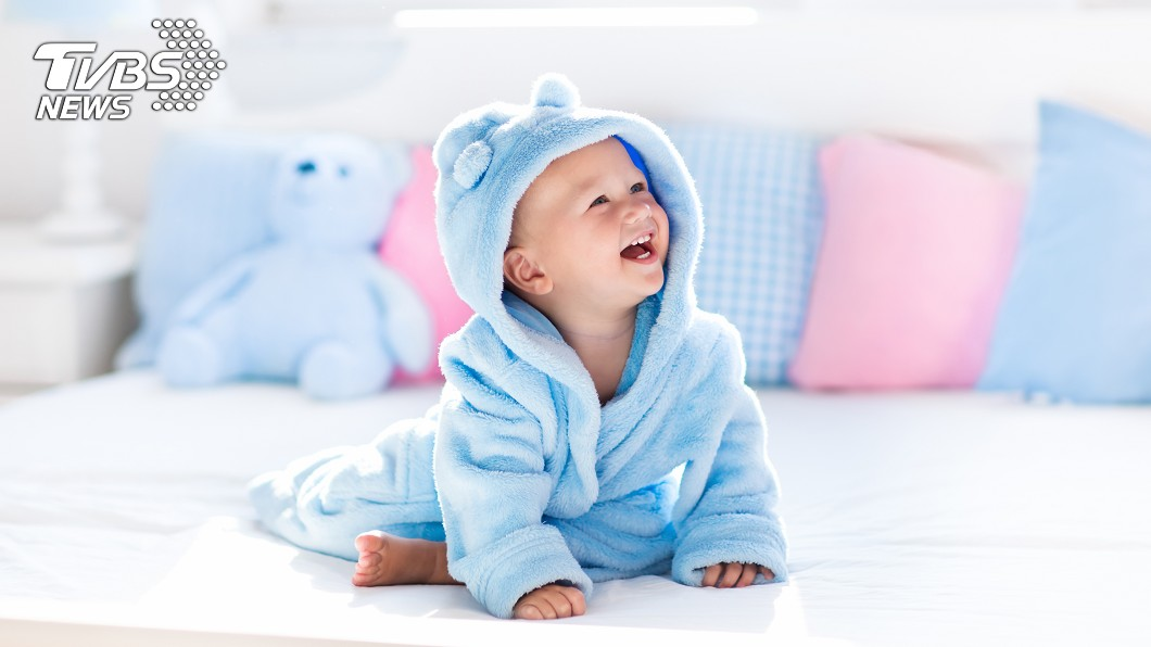 原PO家中還有嫩嬰。示意圖/TVBS 公公借住無視嫩嬰狂哈菸 人妻超怒:真的有夠自私