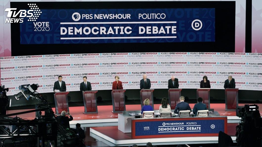 圖/達志影像路透社 民主黨總統參選人6度辯論 料彈劾川普將成議題