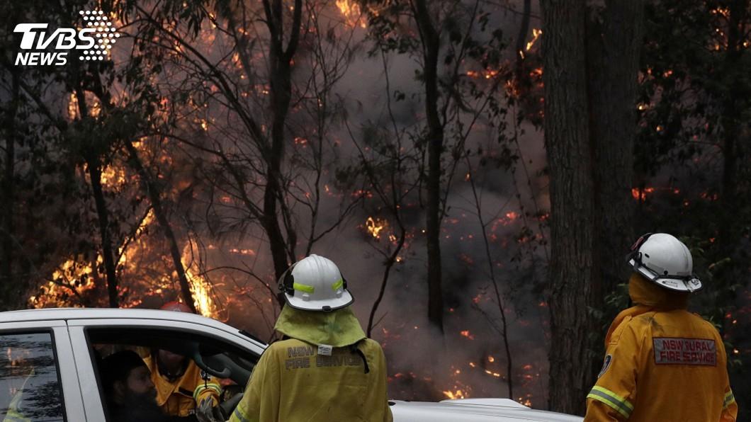 圖/達志影像美聯社 野火燒不停2義消殉職 澳洲總理縮短假期返國