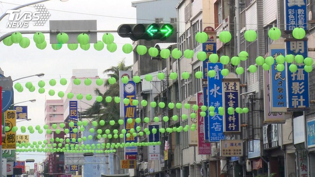 圖/中央社 「綠燈籠」引發聯想 苗市公所:五行燈籠無關選舉