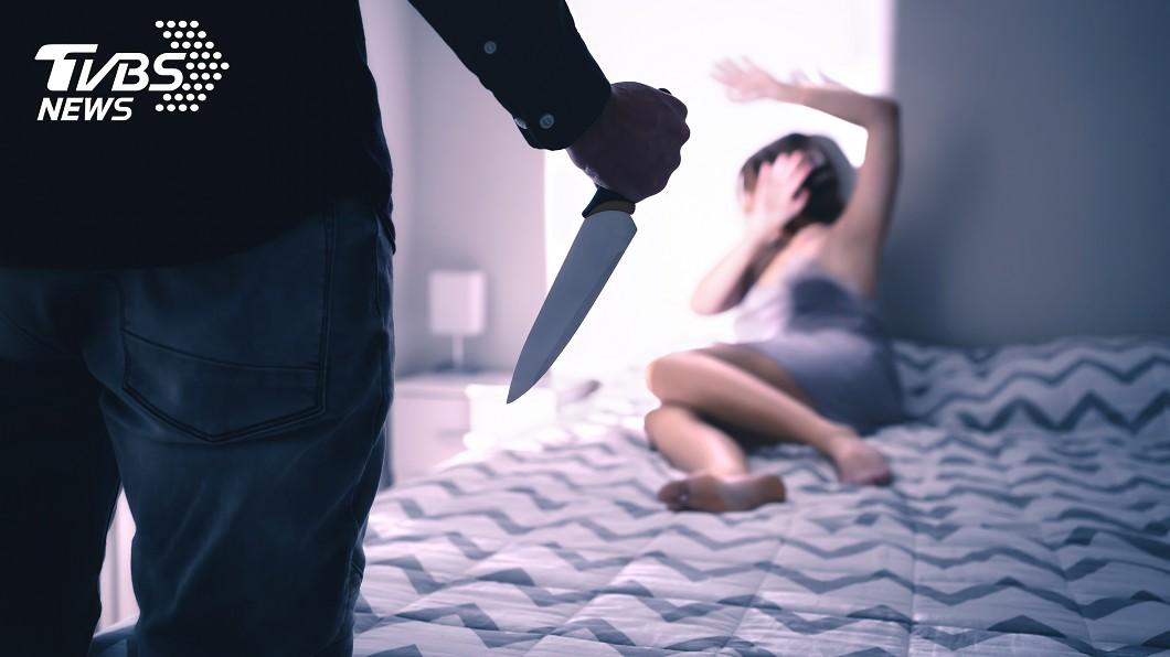 示意圖/TVBS 吃飯吵架!男竟持刀捅妻致死 事後大喊:殺人啦