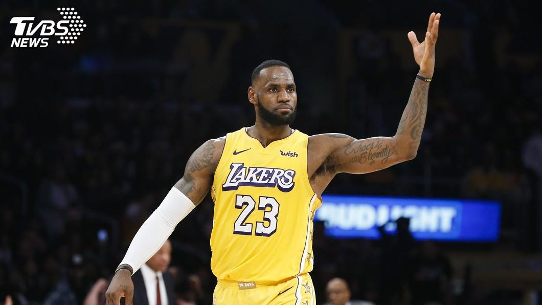 圖/達志影像美聯社 美聯社近10年最佳男運動員 NBA「詹皇」獲選