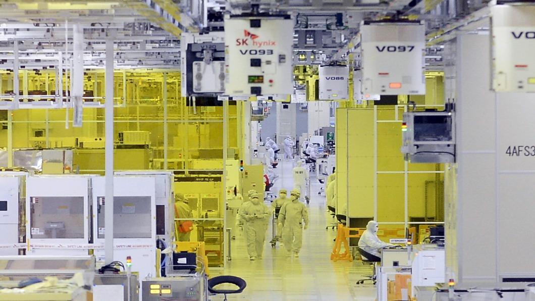 圖/達志影像路透 擺脫對日本依賴 南韓成功量產半導體原料