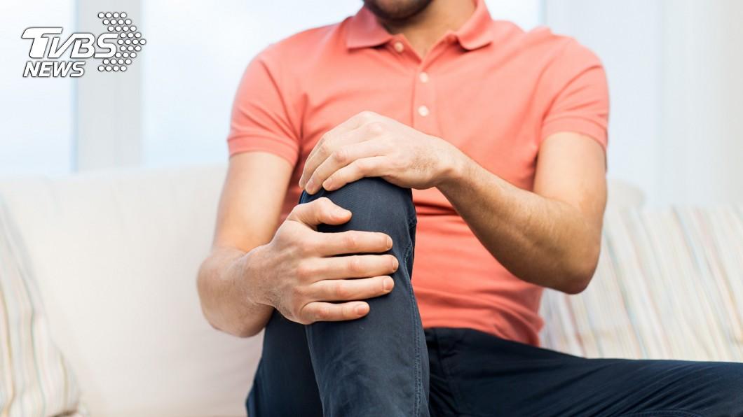 腿痛示意圖/TVBS 腿痛都忍著!男子愛喝酒+狂運動 醫一查嘆:骨頭都變形