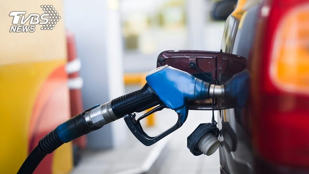 示意圖/TVBS 油價有望連5降 汽柴油下週估跌0.7元
