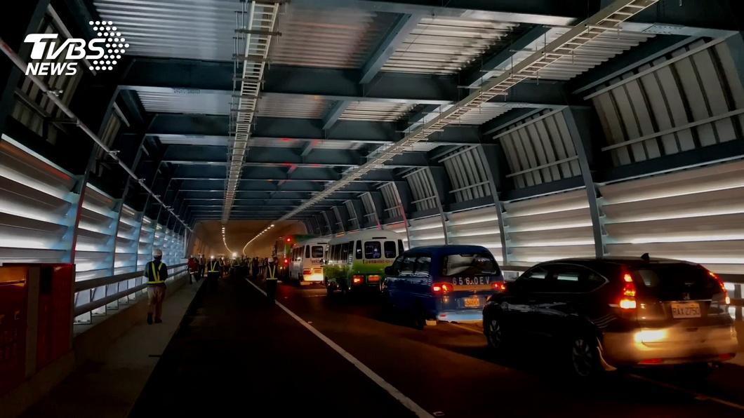 圖/TVBS 春節車潮考驗蘇花改 公路單位提疏運措施