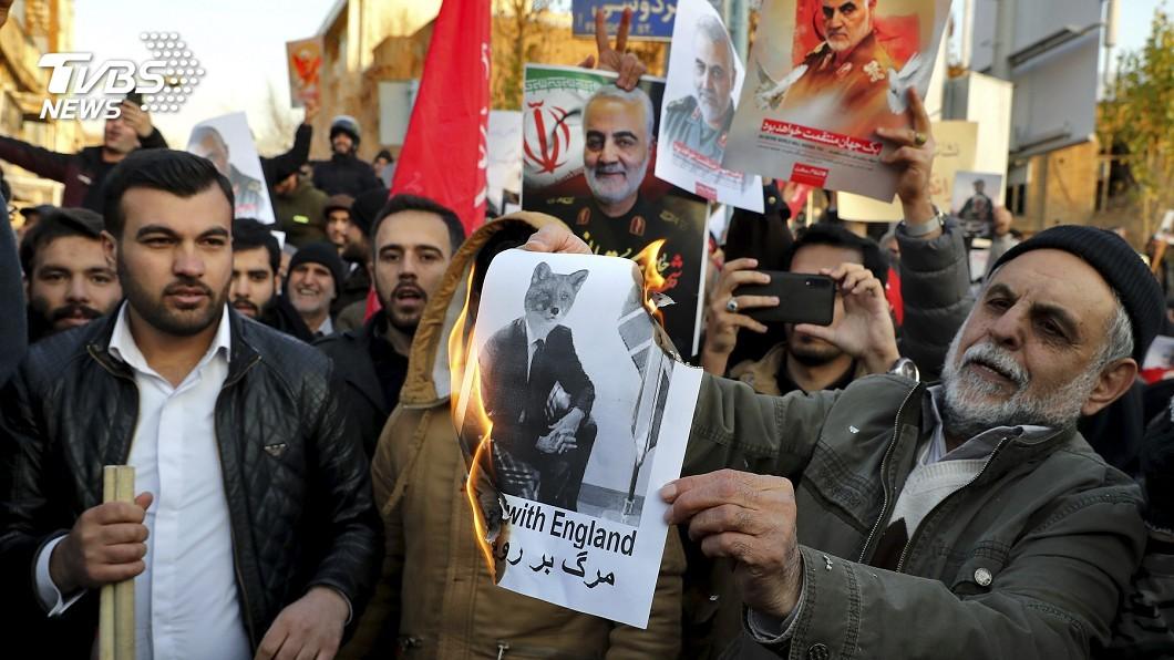 伊朗民眾反美變反政府 示威抗議實彈伺候