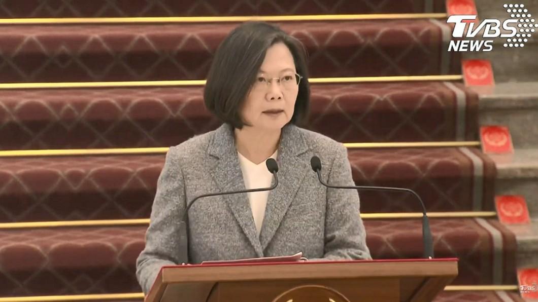 圖/TVBS 怎麼看韓國瑜罷免案? 蔡英文:尊重高雄市民決定