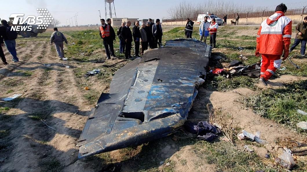 圖/路透社 紐時曝新影片 2枚飛彈先後擊中烏克蘭客機