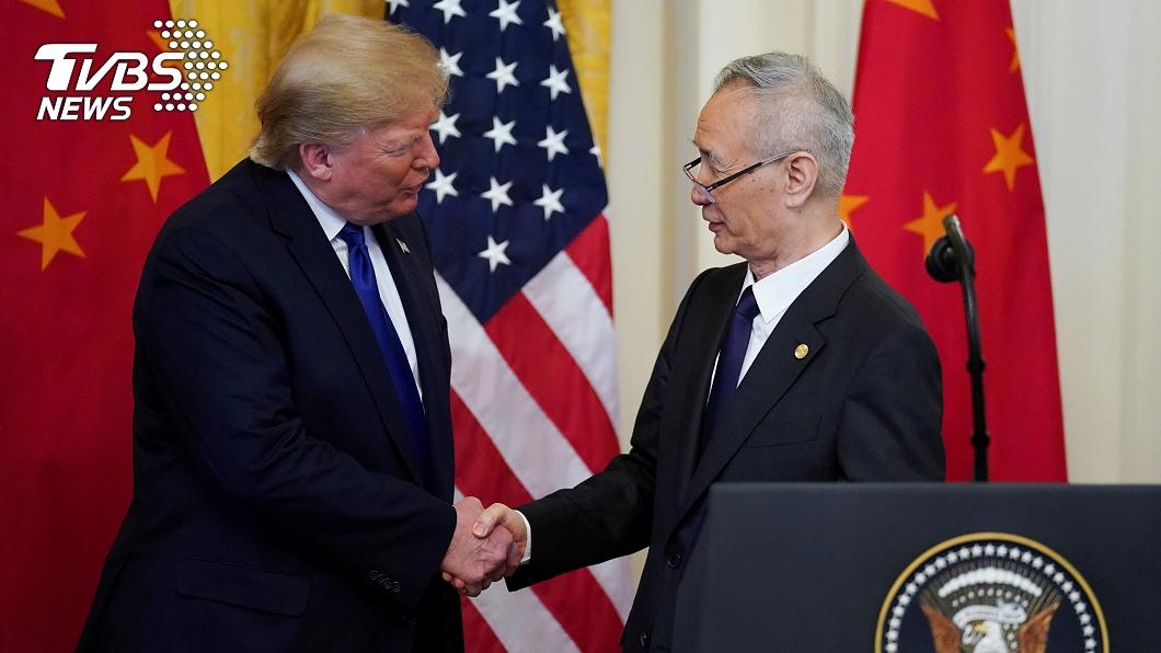 美中簽署第一階段貿易協議。(圖/達志影像路透社) 美中簽署首階段貿易協議 美加徵關稅暫不撤銷