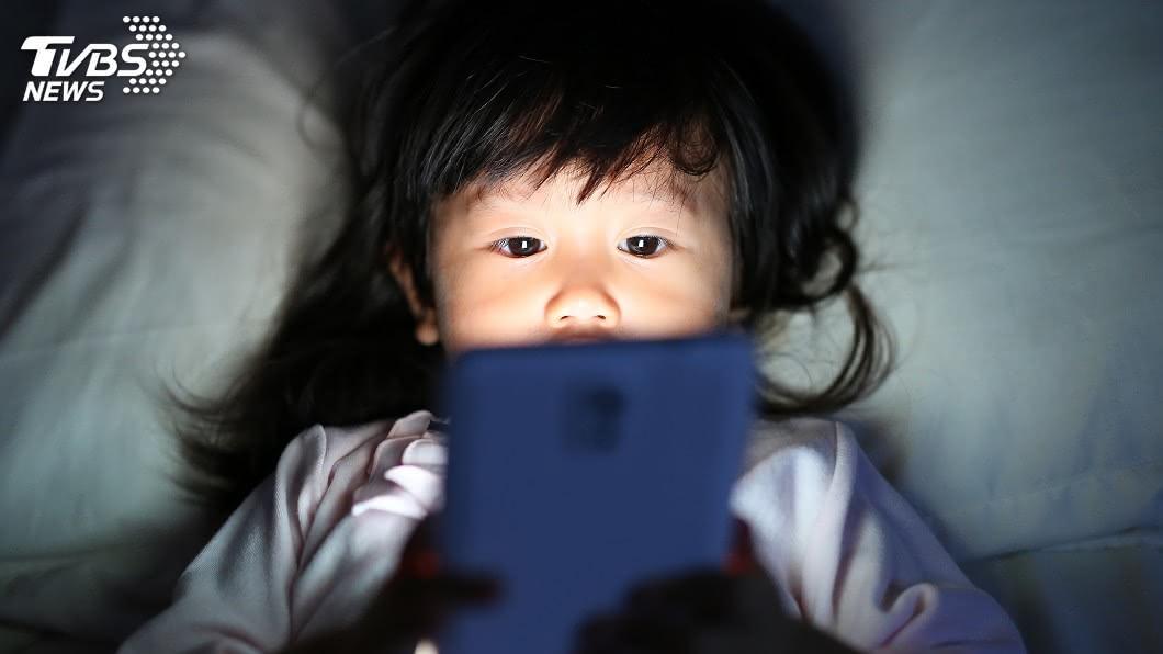 示意圖/TVBS 3C保母後遺症 調查:大班孩童10人有1人近視