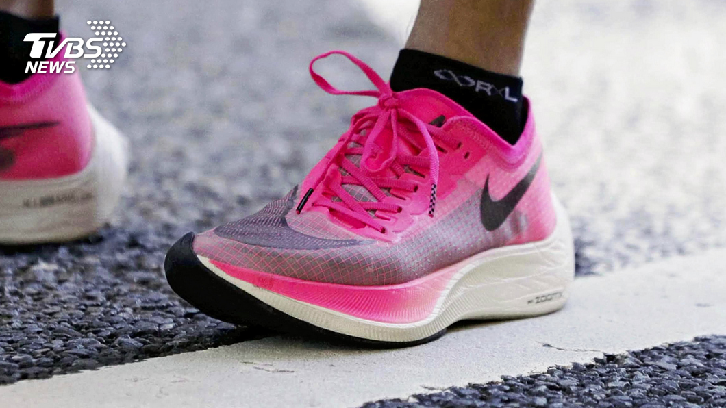 東京奧運不給穿? Nike「破紀錄神器」跑鞋惹議