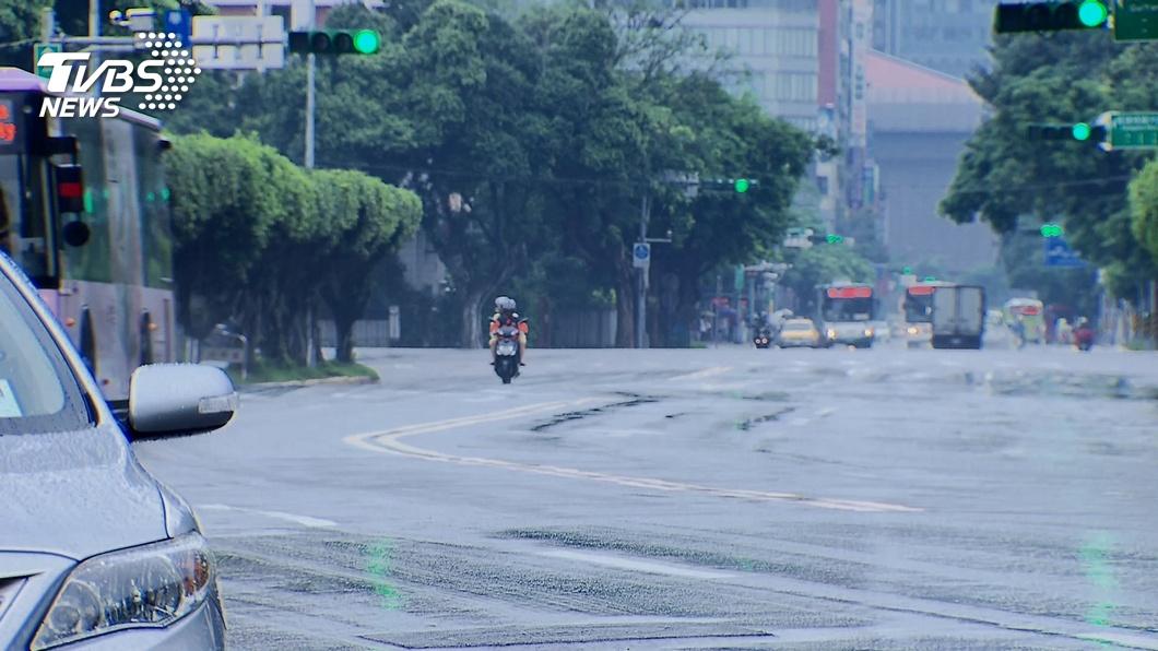 午後雨彈襲!基隆、新北等10縣市大雨特報