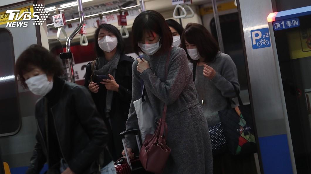 圖/中央社 防武漢肺炎口罩不用搶 經長:日產量可再增56萬片